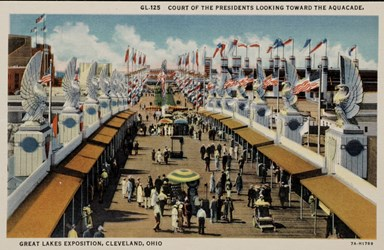 Court of the Presidents looking toward the Aquacade, Great Lakes Exposition, Cleveland, Ohio