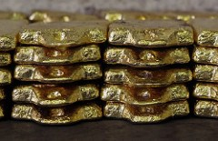 ARTICLE: WAS ROYAL CANADIAN MINT GOLD SMUGGLED OUT IN ACID?