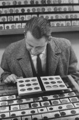 SHOPPING FOR GOLD COINS IN 1960