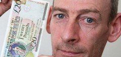 MAN ARRESTED IN ENGLAND FOR USING NORTHERN IRISH BANKNOTE