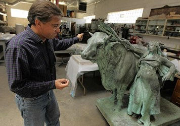 DANIEL CHESTER FRENCH 1893 COLUMBIAN EXPO BULL STATUE RECOVERED
