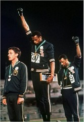 1968 OLYMPIAN TOMMIE SMITH OFFERS GOLD MEDAL FOR SALE
