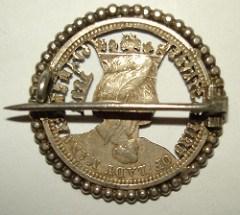 INTERESTING CUTOUT ISABELLA QUARTER PIN