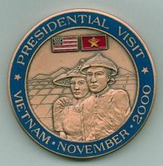 PRESIDENT CLINTON VIETNAM VISIT CHALLENGE COIN