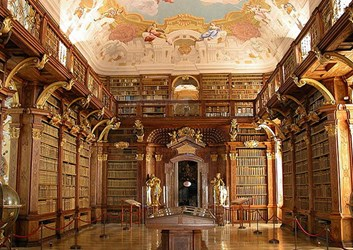 FEATURED WEB PAGE: LUXURY LIBRARIES IN EUROPE