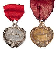 CARPATHIA MEDALS FOR TITANIC RESCUES OFFERED