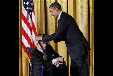 OBAMA AWARDS NATIONAL MEDALS OF ARTS HUMANITIES