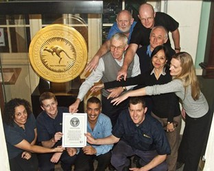 PERTH MINT'S AUSTRALIAN KANGAROO GOLD COIN ENTERS GUINNESS BOOK