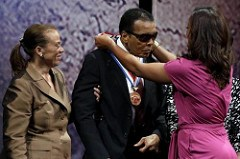 MUHAMMAD ALI RECEIVES LIBERTY MEDAL
