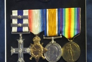 MEDAL SLEUTH LOCATES MILITARY CROSS FAMILY MEMBERS