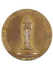 1947 ACADEMY AWARD MEDAL AUCTIONED