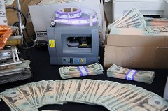 CANADIAN POLICE SEIZE U.S. BANKNOTE COUNTERFEITING PRESS