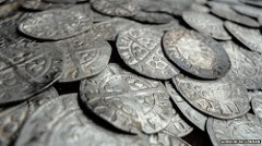 COIN HOARD UNCOVERED IN TWYNHOLM, SCOTLAND