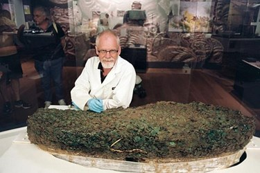 JERSEY GROUVILLE HOARD BEING DISMANTLED