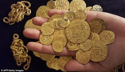 A NEW 1715 FLEET TREASURE FIND