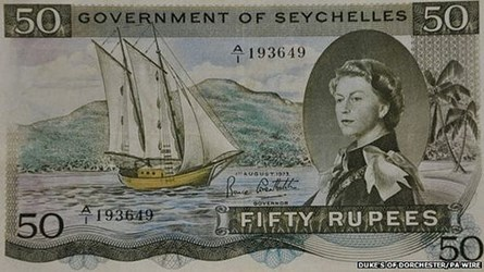 HE SELLS SEYCHELLES BANKNOTE SEX SECRET
