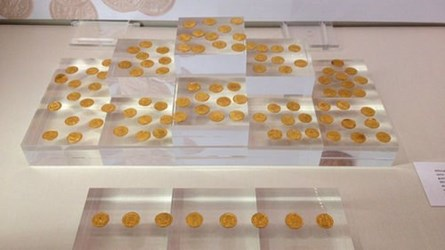 NEW EXHIBIT OF ST ALBANS ROMAN COIN HOARD