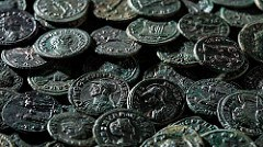ROMAN COIN HOARD FOUND IN SWITZERLAND