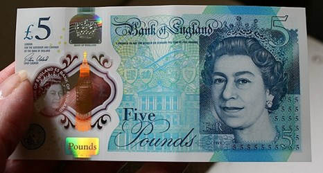 BANK OF ENGLAND UNVEILS NEW CHURCHILL NOTE