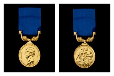 RARE GOLD LIFEBOAT DISASTER MEDAL MISSING