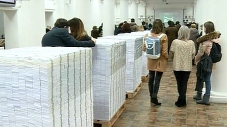 MOLDOVA ART EXHIBIT ILLUSTRATES FRAUD SCALE