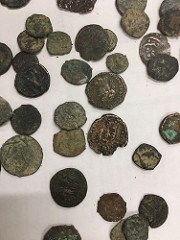 MAN ARRESTED CARRYING ANCIENT COINS INTO ISRAEL