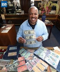 COLLECTOR DISPLAYS BERMUDA BANKNOTES