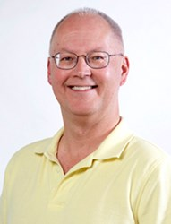 NUMISMATIC NEWS EDITOR DAVE HARPER RETIRES