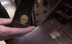 SECRET DRAWER FIND: 14TH CENTURY GOLD COIN