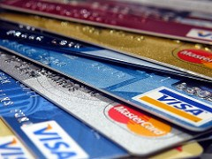 NEW JERSEY BANS CASHLESS STORES
