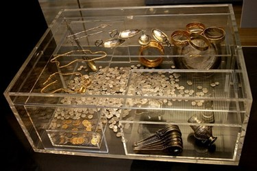 MOST VALUABLE TREASURE TROVES EVER FOUND