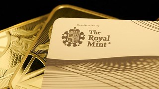 ROYAL MINT OFFERS GOLD DEBIT CARD