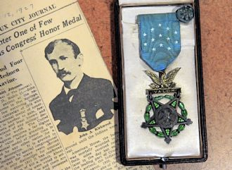 INDIAN WAR MEDAL OF HONOR DISPLAYED AT PITTSBURGH MUSEUM