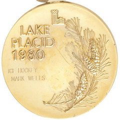 1980 LAKE PLACID OLYMPIC HOCKEY GOLD MEDAL SELLS