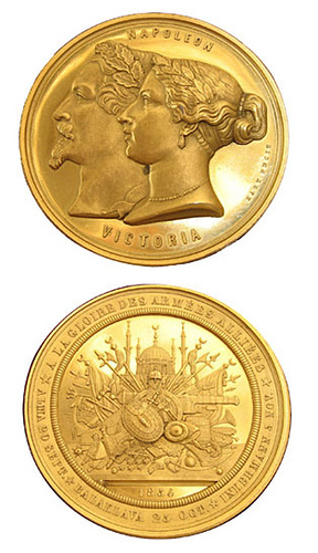 AN 1854 CRIMEAN WAR COMMEMORATIVE GOLD MEDAL