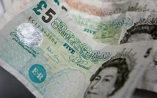 BANK OF ENGLAND £5 NOTE DEADLINE APPROACHES